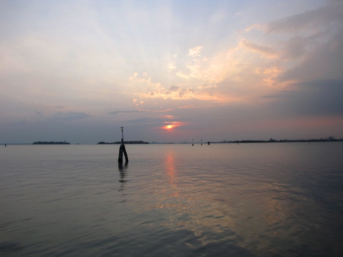 Sunrise, a poem by WCTurck